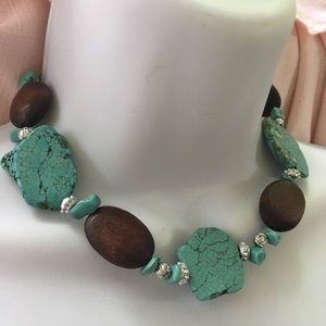 Jewelry - Turqoise and Wood Bead Necklace